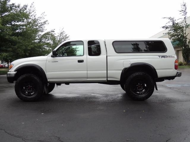 2004 Toyota Tacoma V6 2dr Xtracab / 4X4 / 5-SPEED / TRD SUPERCHARGED - Photo 3 - Portland, OR 97217