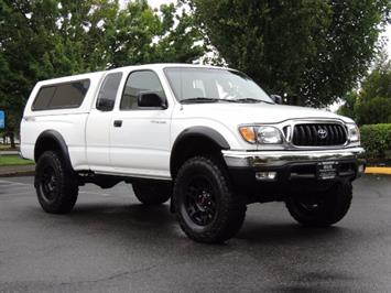 2004 Toyota Tacoma V6 2dr Xtracab / 4X4 / 5-SPEED / TRD SUPERCHARGED Truck