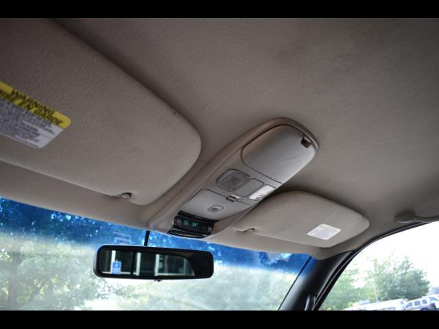 2001 Dodge Ram 2500 SLT Plus / 4X4 / 5.9L DIESEL / Leather / LIFTED - Photo 37 - Portland, OR 97217