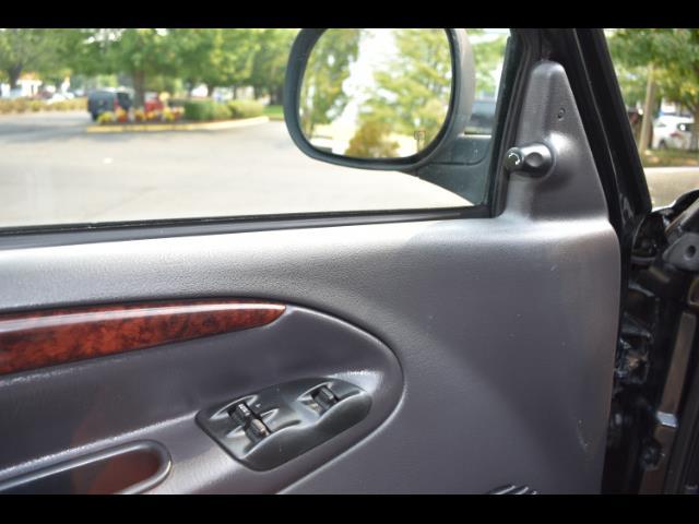 2001 Dodge Ram 2500 SLT Plus / 4X4 / 5.9L DIESEL / Leather / LIFTED - Photo 36 - Portland, OR 97217