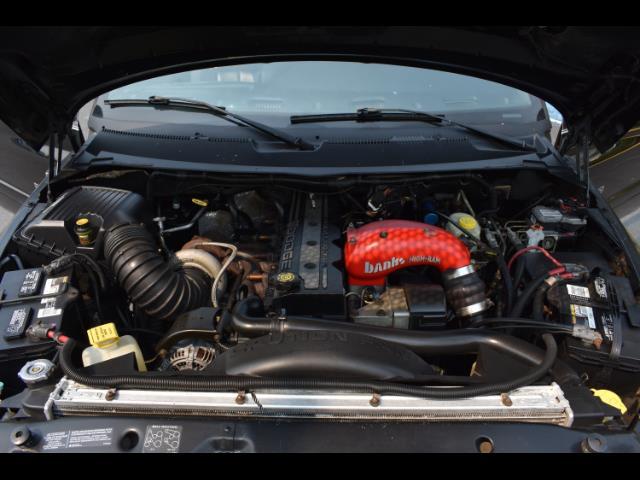2001 Dodge Ram 2500 SLT Plus / 4X4 / 5.9L DIESEL / Leather / LIFTED - Photo 32 - Portland, OR 97217