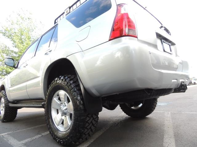 2007 Toyota 4Runner V6 4X4 / 3RD SEAT / DIFF LOCK / 1-OWNER / LIFTED - Photo 11 - Portland, OR 97217