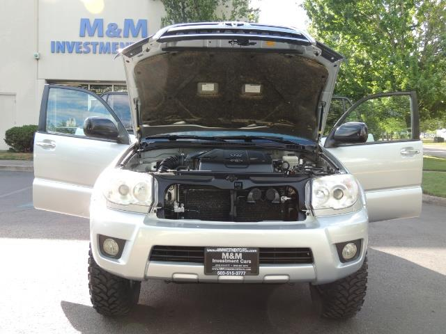 2007 Toyota 4Runner V6 4X4 / 3RD SEAT / DIFF LOCK / 1-OWNER / LIFTED - Photo 30 - Portland, OR 97217