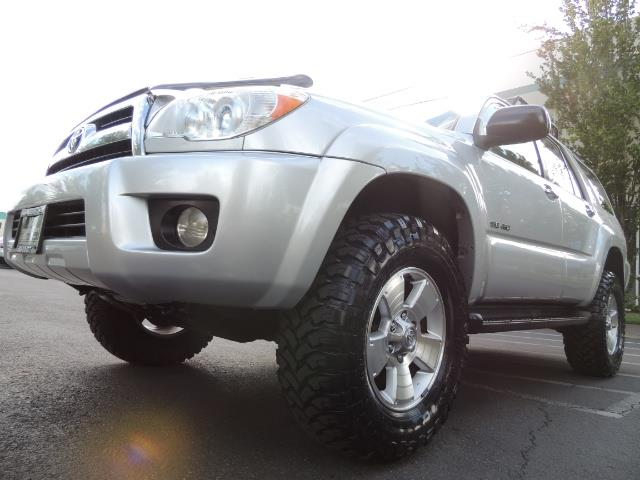 2007 Toyota 4Runner V6 4X4 / 3RD SEAT / DIFF LOCK / 1-OWNER / LIFTED - Photo 9 - Portland, OR 97217