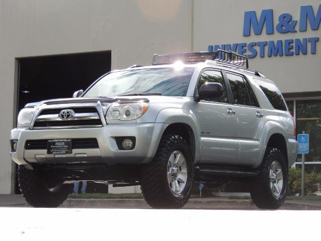 2007 Toyota 4Runner V6 4X4 / 3RD SEAT / DIFF LOCK / 1-OWNER / LIFTED - Photo 42 - Portland, OR 97217