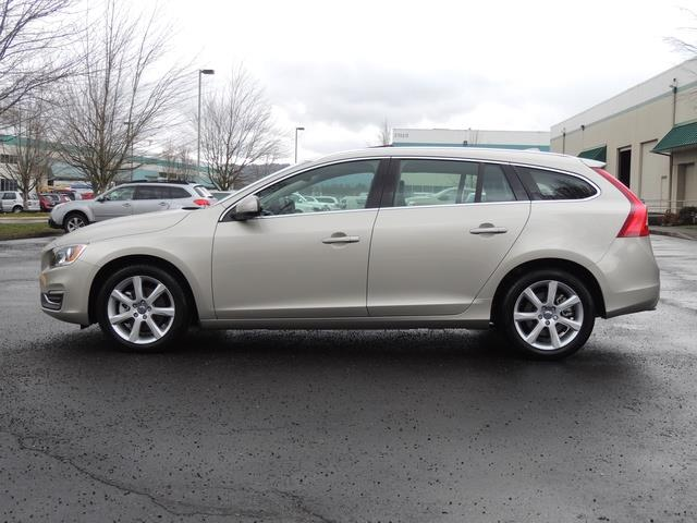 2017 Volvo V60 T5 Premier/ Leather / Heated Seats / Navigation - Photo 3 - Portland, OR 97217
