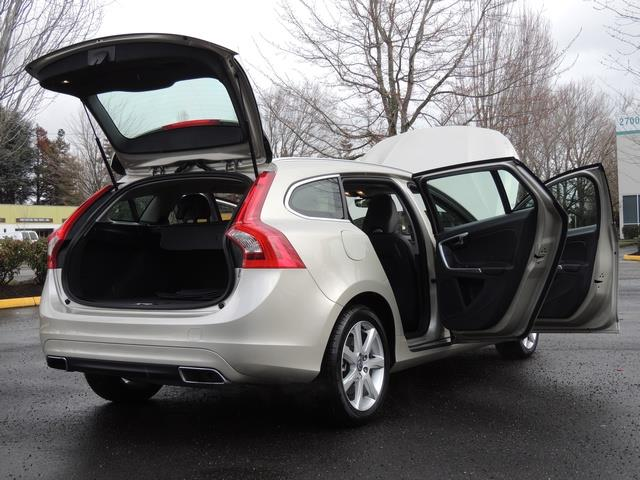 2017 Volvo V60 T5 Premier/ Leather / Heated Seats / Navigation - Photo 29 - Portland, OR 97217