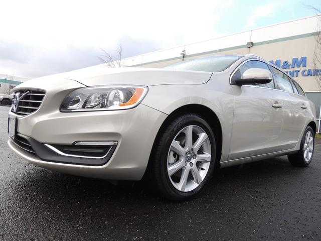 2017 Volvo V60 T5 Premier/ Leather / Heated Seats / Navigation - Photo 11 - Portland, OR 97217