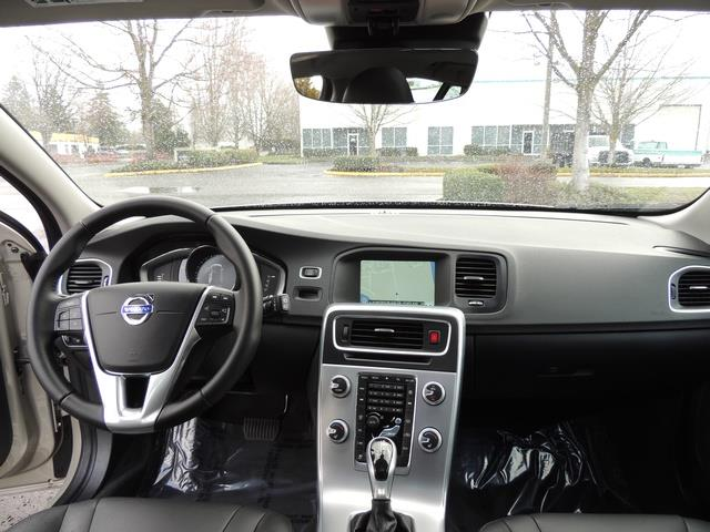 2017 Volvo V60 T5 Premier/ Leather / Heated Seats / Navigation - Photo 35 - Portland, OR 97217