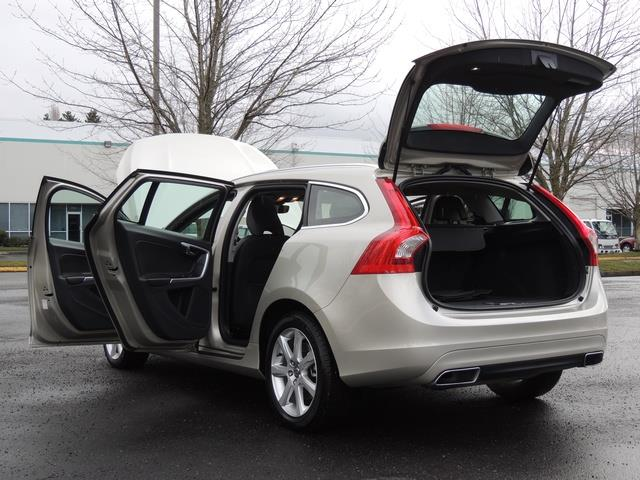 2017 Volvo V60 T5 Premier/ Leather / Heated Seats / Navigation - Photo 27 - Portland, OR 97217