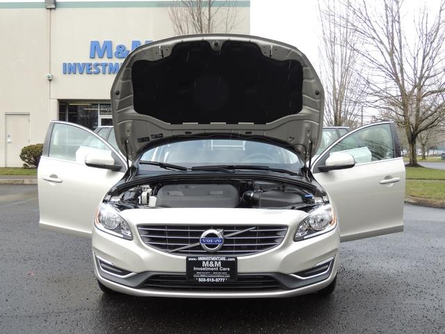 2017 Volvo V60 T5 Premier/ Leather / Heated Seats / Navigation - Photo 32 - Portland, OR 97217