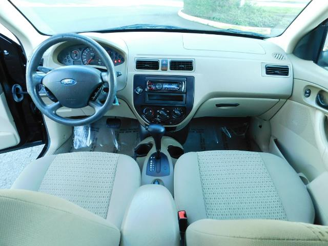 2007 Ford Focus ZX4 SE / 4Dr / Sunroof / New Tires - Photo 36 - Portland, OR 97217