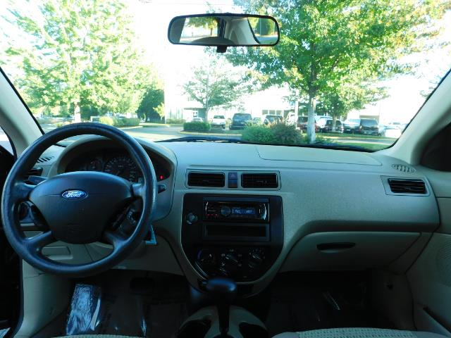 2007 Ford Focus ZX4 SE / 4Dr / Sunroof / New Tires - Photo 35 - Portland, OR 97217