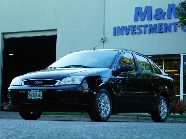 2007 Ford Focus ZX4 SE / 4Dr / Sunroof / New Tires - Photo 1 - Portland, OR 97217