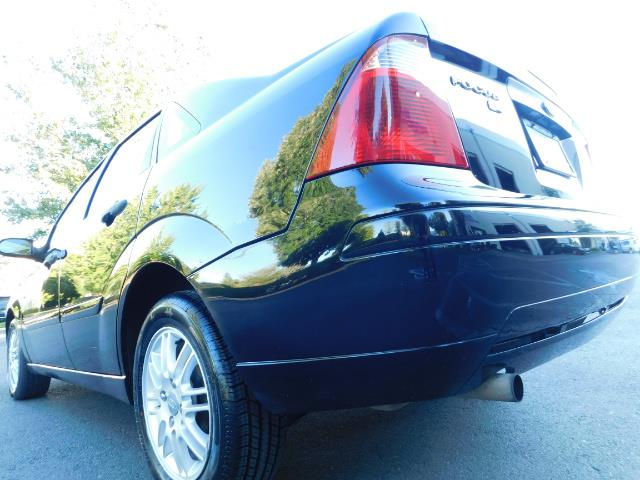 2007 Ford Focus ZX4 SE / 4Dr / Sunroof / New Tires - Photo 10 - Portland, OR 97217