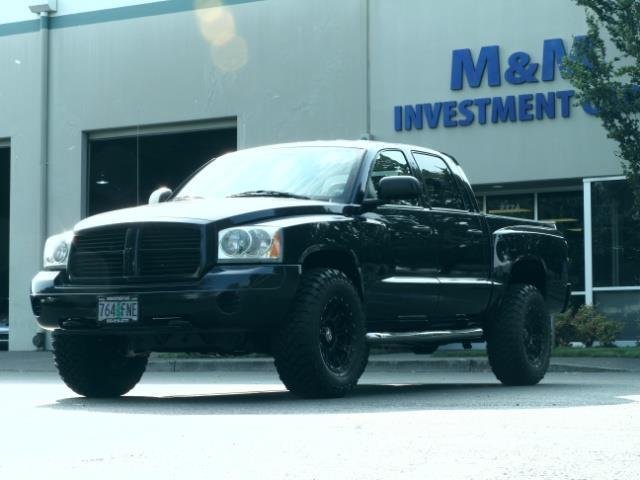 2007 Dodge Dakota Quad Cab / 4X4 / NEW WHEELS+TIRES / LIFTED !! - Photo 1 - Portland, OR 97217