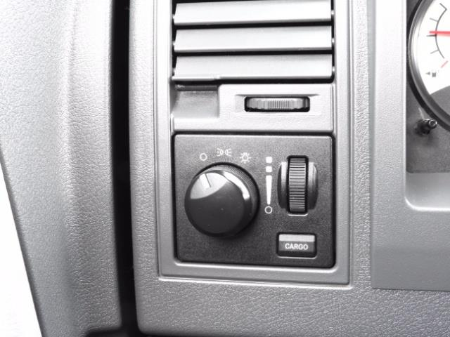 2007 Dodge Dakota Quad Cab / 4X4 / NEW WHEELS+TIRES / LIFTED !! - Photo 36 - Portland, OR 97217