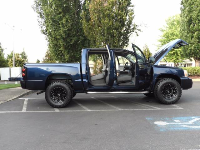 2007 Dodge Dakota Quad Cab / 4X4 / NEW WHEELS+TIRES / LIFTED !! - Photo 23 - Portland, OR 97217