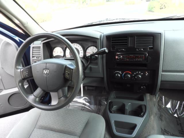 2007 Dodge Dakota Quad Cab / 4X4 / NEW WHEELS+TIRES / LIFTED !! - Photo 33 - Portland, OR 97217