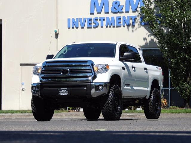 2016 Toyota Tundra SR5 / TRD OFF RD / 4X4 / 1-OWNER/ LIFTED - Photo 46 - Portland, OR 97217