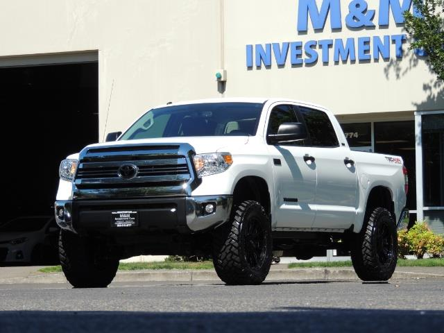 2016 Toyota Tundra SR5 / TRD OFF RD / 4X4 / 1-OWNER/ LIFTED - Photo 47 - Portland, OR 97217