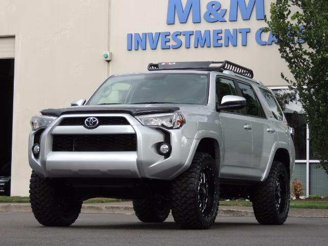 2016 Toyota 4Runner SR5 SPORT SUV 4WD V6 / 3RD SEATS REAR CAM / LIFTED - Photo 42 - Portland, OR 97217