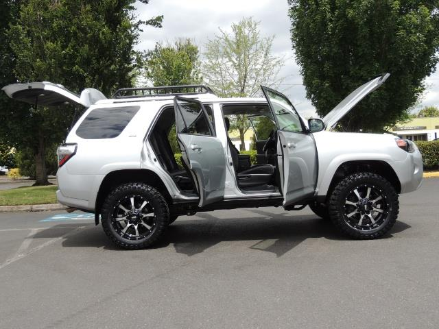 2016 Toyota 4Runner SR5 SPORT SUV 4WD V6 / 3RD SEATS REAR CAM / LIFTED - Photo 23 - Portland, OR 97217