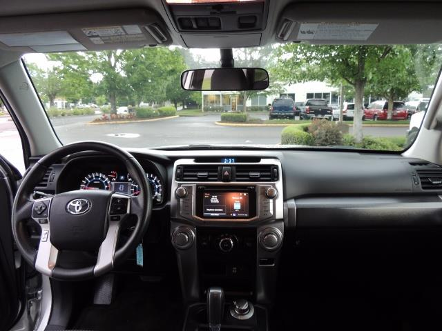 2016 Toyota 4Runner SR5 SPORT SUV 4WD V6 / 3RD SEATS REAR CAM / LIFTED - Photo 37 - Portland, OR 97217