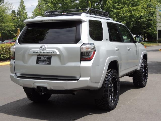 2016 Toyota 4Runner SR5 SPORT SUV 4WD V6 / 3RD SEATS REAR CAM / LIFTED - Photo 8 - Portland, OR 97217