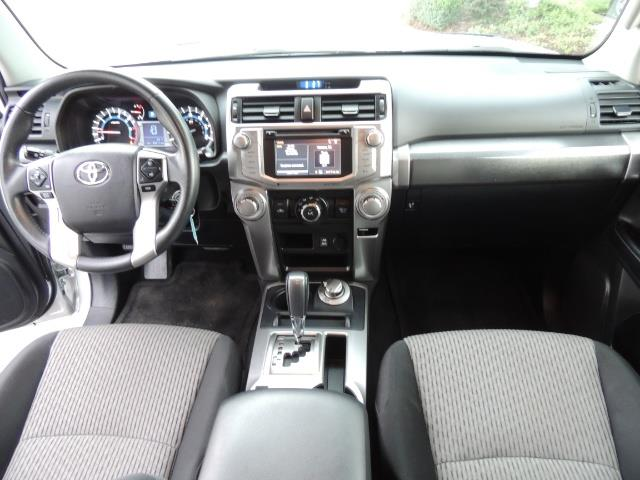 2016 Toyota 4Runner SR5 SPORT SUV 4WD V6 / 3RD SEATS REAR CAM / LIFTED - Photo 18 - Portland, OR 97217