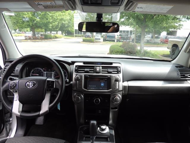 2016 Toyota 4Runner SR5 SPORT SUV 4WD V6 / 3RD SEATS REAR CAM / LIFTED - Photo 35 - Portland, OR 97217
