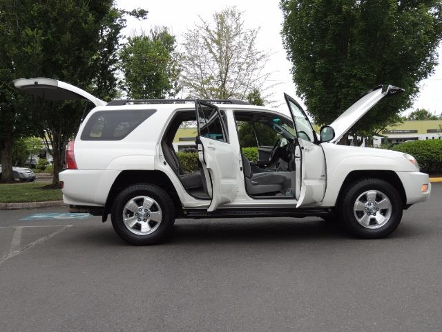 2003 Toyota 4Runner SR5 4WD 109K Miles / Moon Roof / TimingBelt Done - Photo 10 - Portland, OR 97217