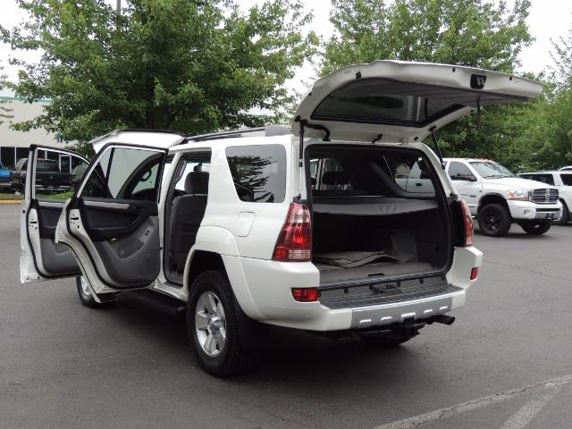2003 Toyota 4Runner SR5 4WD 109K Miles / Moon Roof / TimingBelt Done - Photo 26 - Portland, OR 97217