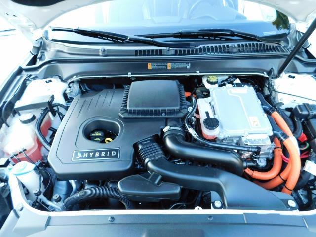 2013 Lincoln MKZ Hybrid Hybrid Sedan / Nav / Parking assist / 1-OWNER - Photo 34 - Portland, OR 97217