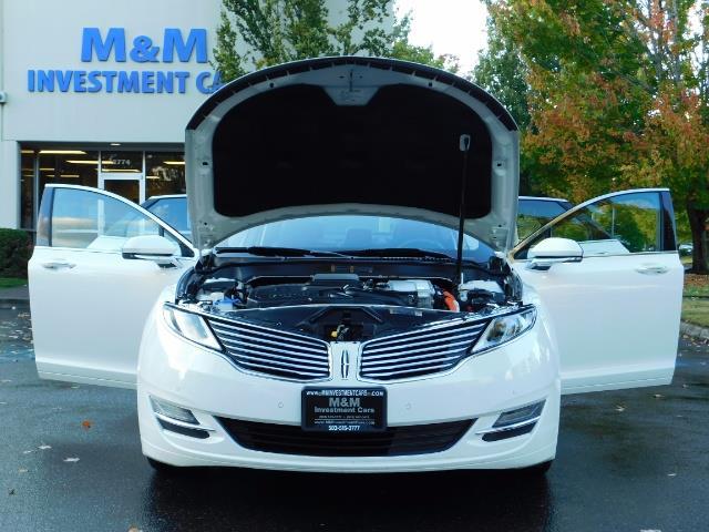 2013 Lincoln MKZ Hybrid Hybrid Sedan / Nav / Parking assist / 1-OWNER - Photo 33 - Portland, OR 97217