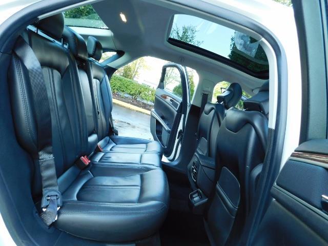 2013 Lincoln MKZ Hybrid Hybrid Sedan / Nav / Parking assist / 1-OWNER - Photo 16 - Portland, OR 97217