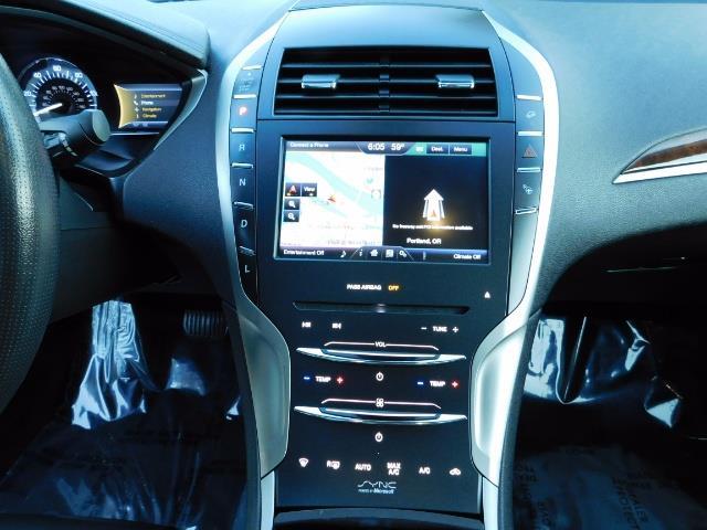 2013 Lincoln MKZ Hybrid Hybrid Sedan / Nav / Parking assist / 1-OWNER - Photo 19 - Portland, OR 97217