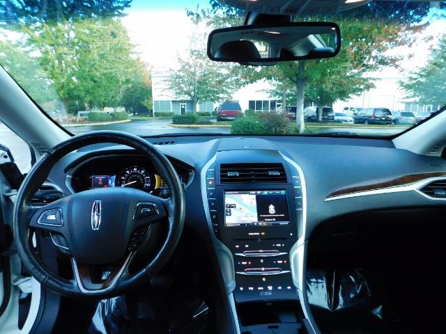 2013 Lincoln MKZ Hybrid Hybrid Sedan / Nav / Parking assist / 1-OWNER - Photo 37 - Portland, OR 97217
