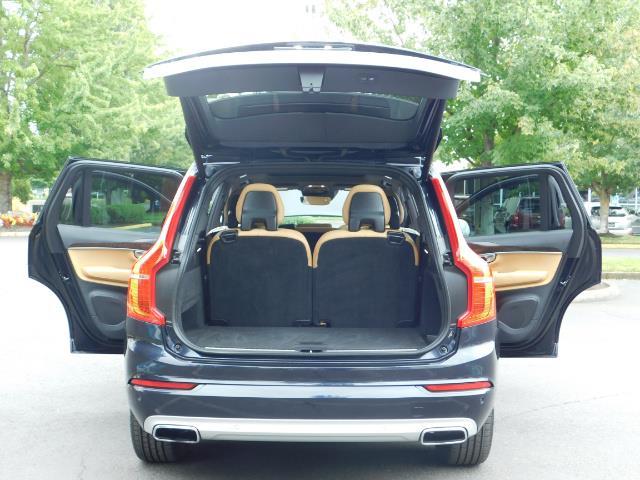 2017 Volvo XC90 T6 Momentum / AWD / 3RD SEAT / PARK ASSIST PILOT - Photo 28 - Portland, OR 97217
