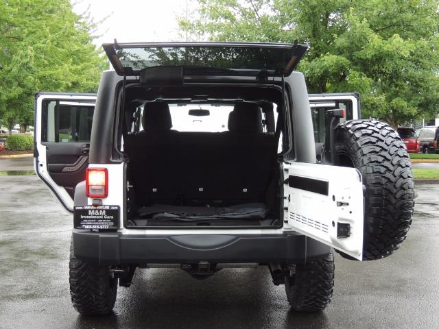 2013 Jeep Wrangler Unlimited Sport / 4X4 / Hard Top / LIFTED LIFTED - Photo 18 - Portland, OR 97217