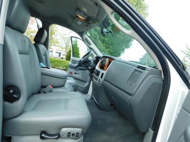 2007 Dodge Ram 2500 LARAMIE / 4X4 / HO 5.9 L CUMMINS DIESEL / LIFTED ! - Photo 17 - Portland, OR 97217