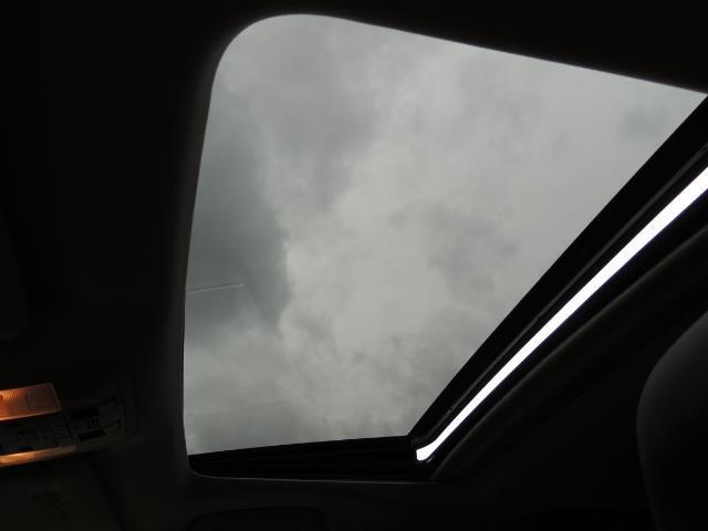 2010 Lexus GX 460 PREMIUM AWD NAVi CAMERA POWER 3RD Seats - Photo 32 - Portland, OR 97217
