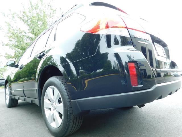 2012 Subaru Outback 2.5i Premium / AWD / HEATED SEATS / 1-Owner - Photo 11 - Portland, OR 97217