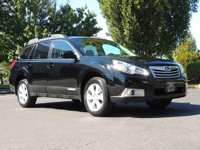 2012 Subaru Outback 2.5i Premium / AWD / HEATED SEATS / 1-Owner - Photo 2 - Portland, OR 97217