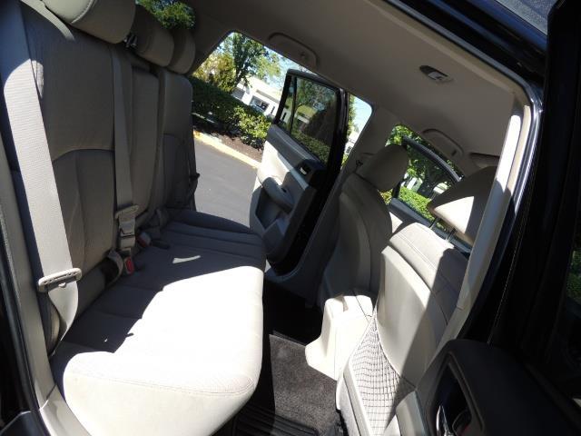 2012 Subaru Outback 2.5i Premium / AWD / HEATED SEATS / 1-Owner - Photo 16 - Portland, OR 97217
