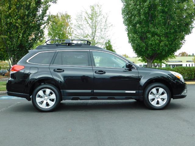 2012 Subaru Outback 2.5i Premium / AWD / HEATED SEATS / 1-Owner - Photo 4 - Portland, OR 97217