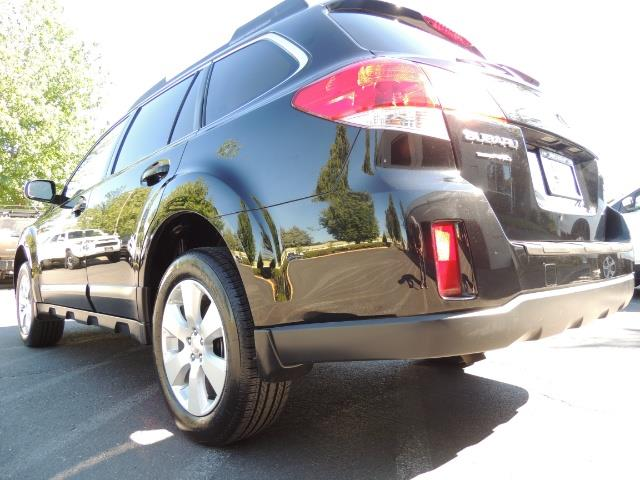 2012 Subaru Outback 2.5i Premium / AWD / HEATED SEATS / 1-Owner - Photo 12 - Portland, OR 97217
