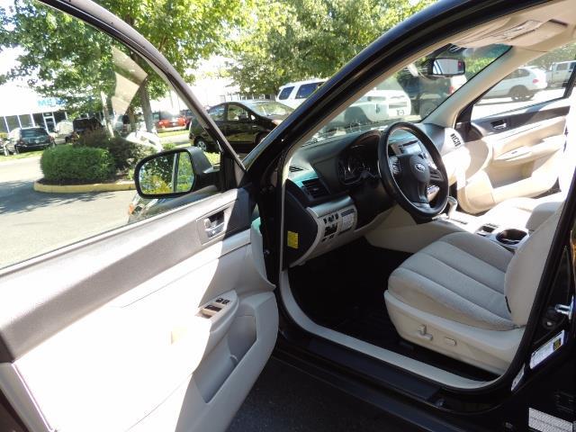 2012 Subaru Outback 2.5i Premium / AWD / HEATED SEATS / 1-Owner - Photo 13 - Portland, OR 97217