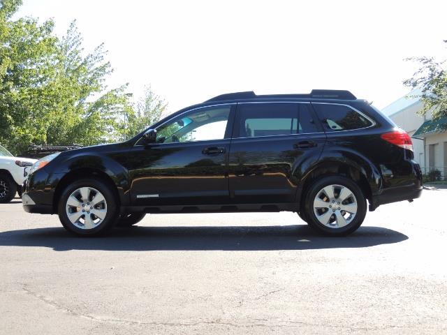 2012 Subaru Outback 2.5i Premium / AWD / HEATED SEATS / 1-Owner - Photo 3 - Portland, OR 97217