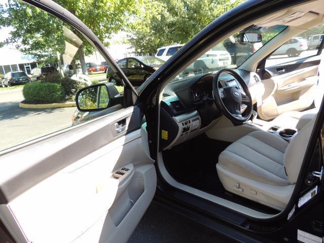 2012 Subaru Outback 2.5i Premium / AWD / HEATED SEATS / 1-Owner - Photo 54 - Portland, OR 97217